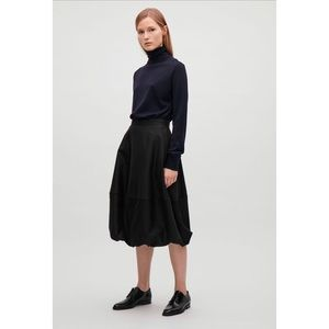 COS Voluminous Skirt in Black US 8